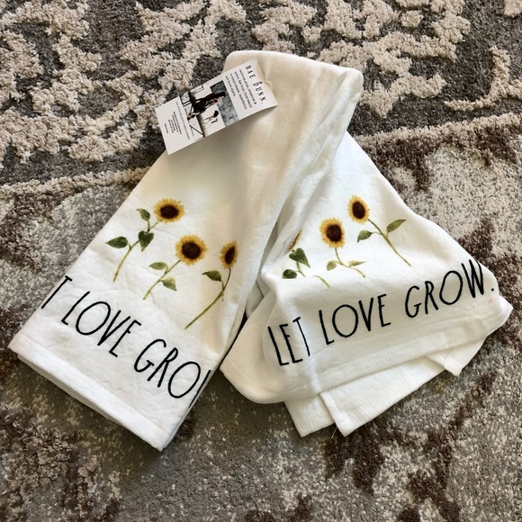 Rae Dunn Kitchen Towels set of LET LOVE GROW